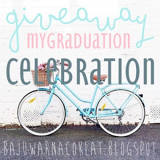 http://bajuwarnacoklat.blogspot.my/2015/09/giveaway-my-graduation-celebration.html