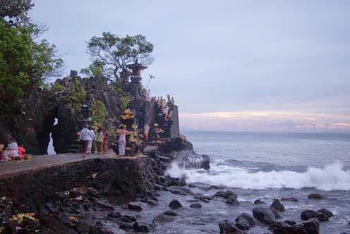 Foto objek keindahan wisata pantai senggigi lombok ntb barat