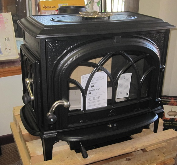We have been looking to replace our useless Mountaineer wood stove that  came with our house. It was not made with dampers nor air flow controls of  any kind. - Ruthlynn's World: Wood Stove Mambo