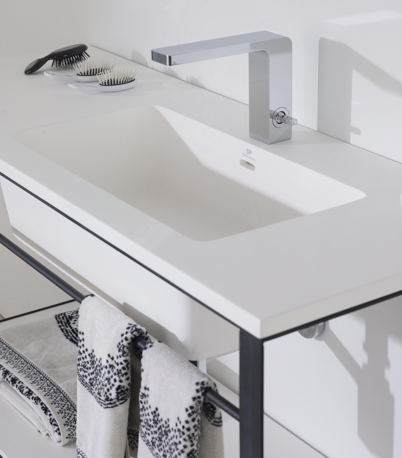 Encimeras Baño Krion:PORCELANOSA Shower Tray Modul Bathrooms