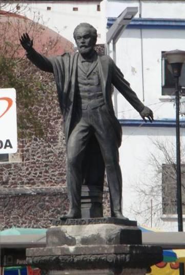 Monumento de Guillermo Prieto