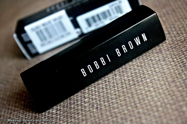 Bobbi Brown Creamy Lip Color in Blue Raspberry Review Swatches