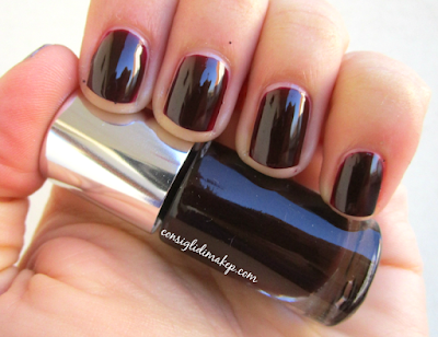 NOTD: A Different Nail Enamel Black Honey - Clinique