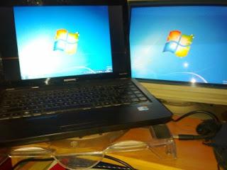 Konfigurasi Dual Monitor Menggunakan Laptop dan Monitor LCD
