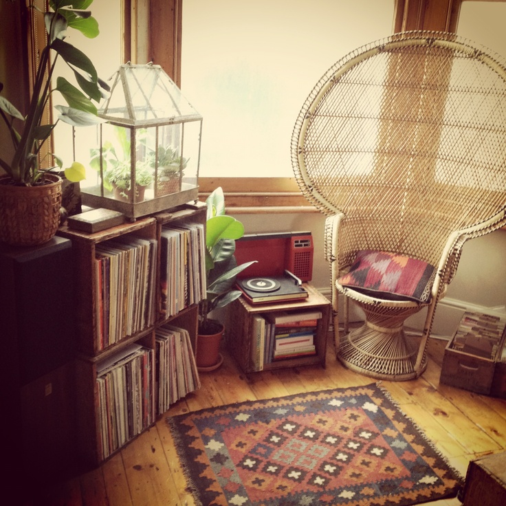 Babylon sisters hippie essentials the record collection for Room decor essentials