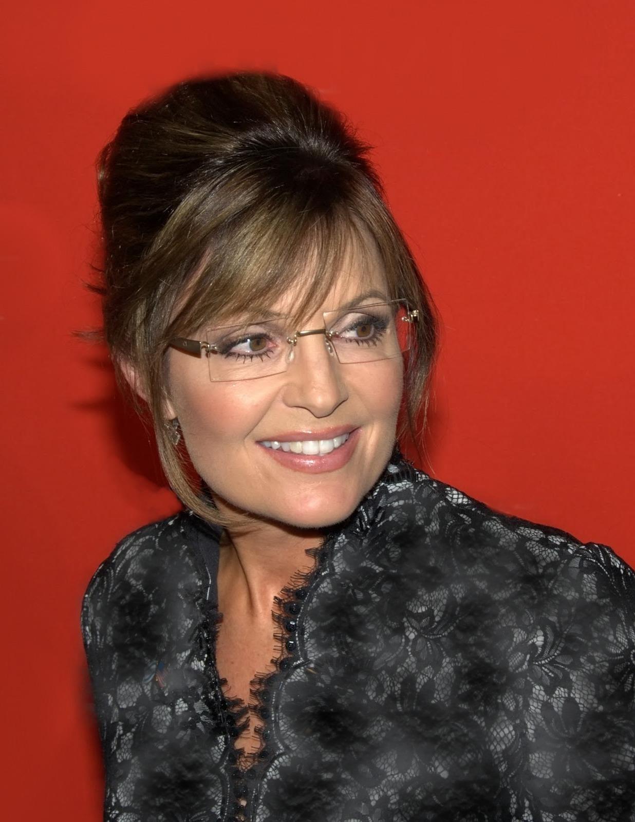 http://4.bp.blogspot.com/-wFTEcnjv83o/TbsSDQZ1VUI/AAAAAAAAAaM/QATB2OsjFDo/s1600/Sarah-Palin-.jpg