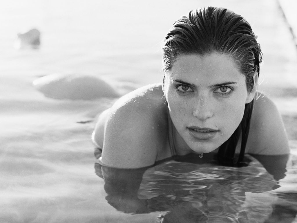 Lake Bell Hot Surface Gq Image Photos Sexiest Women