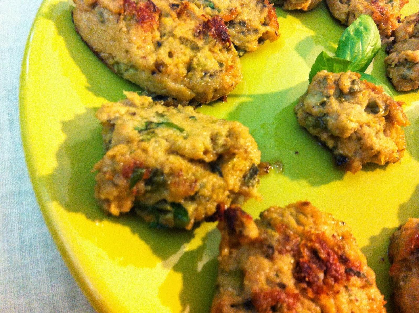 Salvacena di stagione: crocchette morbide di zucchine, soia e ceci profumate al basilico