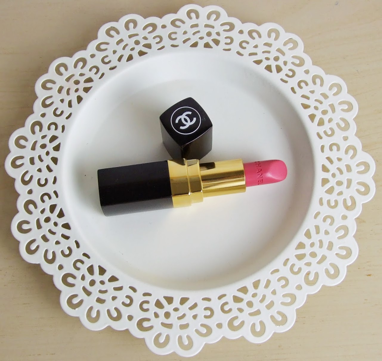 chanel rouge coco lip creme lipstick dedicace swatches