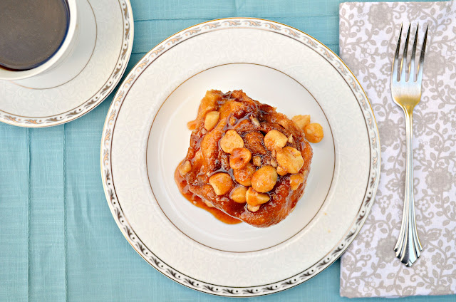Macadamia-Nut-Sticky-Buns.jpg