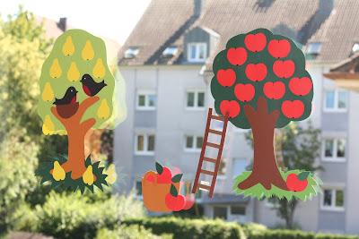 Fensterbild Obstbäume