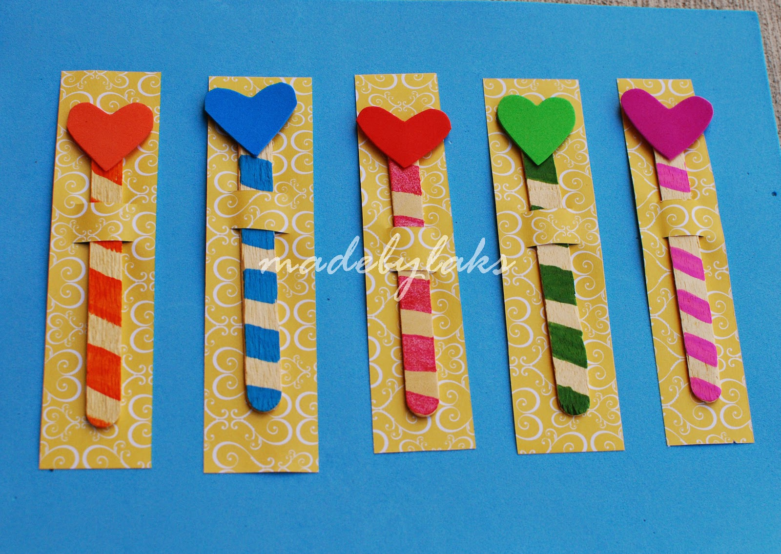 Heart bookmark simple homemade gift for the class made for Easy bookmark ideas