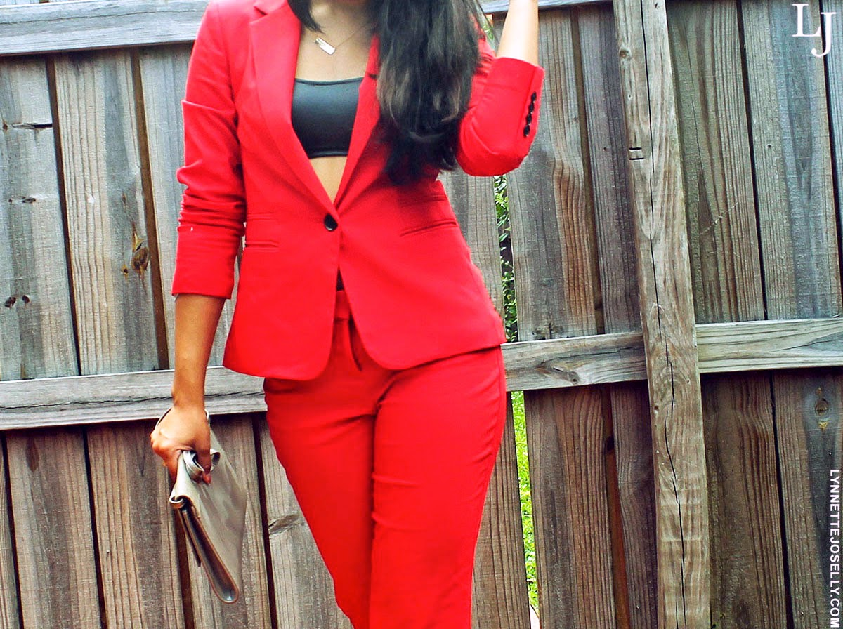 monochromatic-suit-trend""