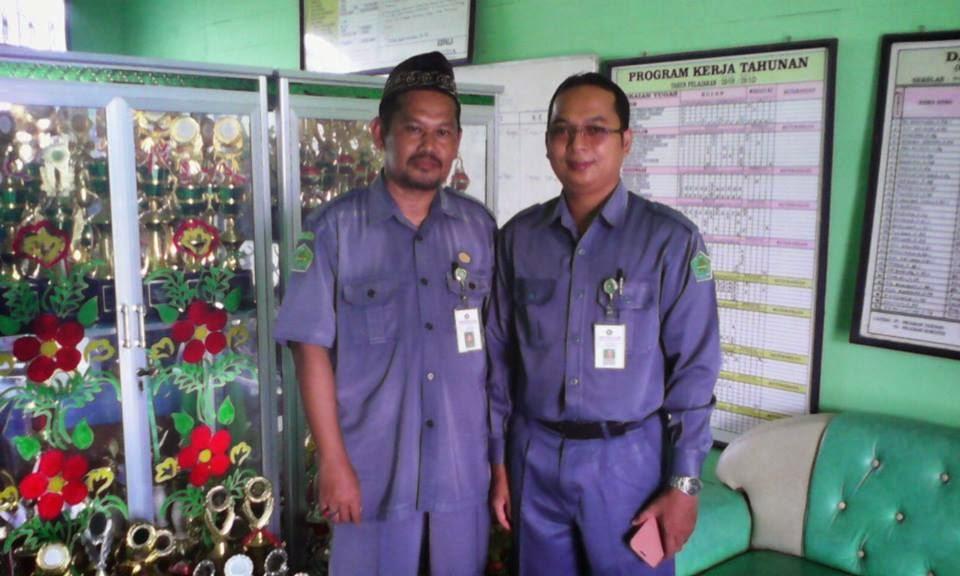 Bersama Kasi Pendidikan Madrasah Kemenag Tapin