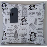 http://sharlzndollz.blogspot.com.au/2013/11/fast-and-easy-dr-who-christmas-cushion.html
