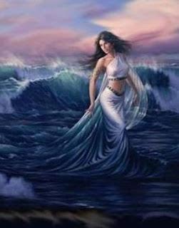 En la mitología griega, Tetis, la de los pies argénteos, es una ninfa del mar, una de las cincuenta nereidas, hijas del «anciano dios de los mares», Nereo, y de la oceánide Doris, y nieta de la titánide Tetis, con quien se la suele confundir. A veces también se confunde con ella a Temis, la encarnación de las leyes de la naturaleza. Fue educada por Hera, que siempre la ayudó.