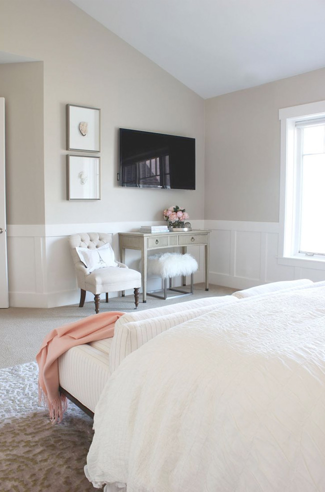 Decorating Around a TV in the Bedroom   JULIA RYAN