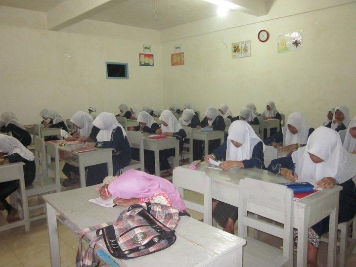 Pondok Pesantren Al Khoirot Putri