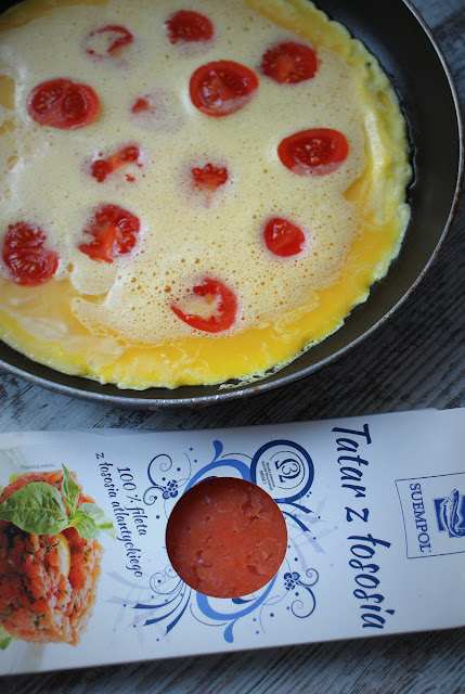 Symbio,Suempol,pomidorki koktajlowe,cherry,frittata,pestki dyni,szpinak,roszponka,Sycylia,Etna,bazylia,