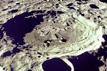 Cráter donde se ubica nuestra base en la Luna