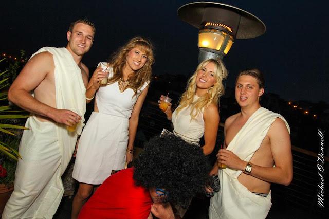 villa+party