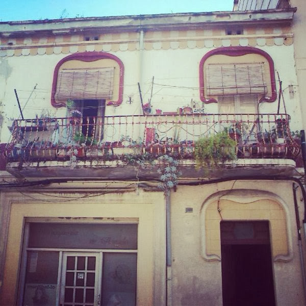 balcó. Encants de Girona.