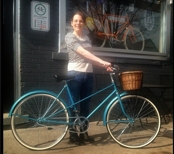 Suzanne Amlin, City Cyclery, vintage bike, blue bike, CCM, bike with basket, local Windsor Ontario businesses, Windsor fashion bloggers