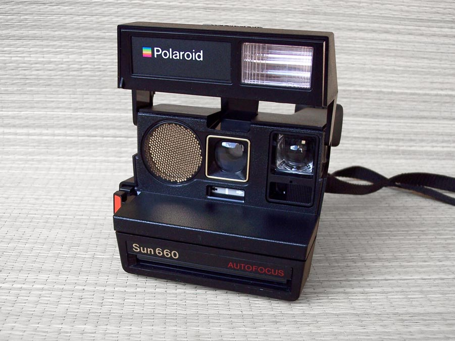 fotografia riflessiva polaroid sun 660 autofocus 1981. Black Bedroom Furniture Sets. Home Design Ideas