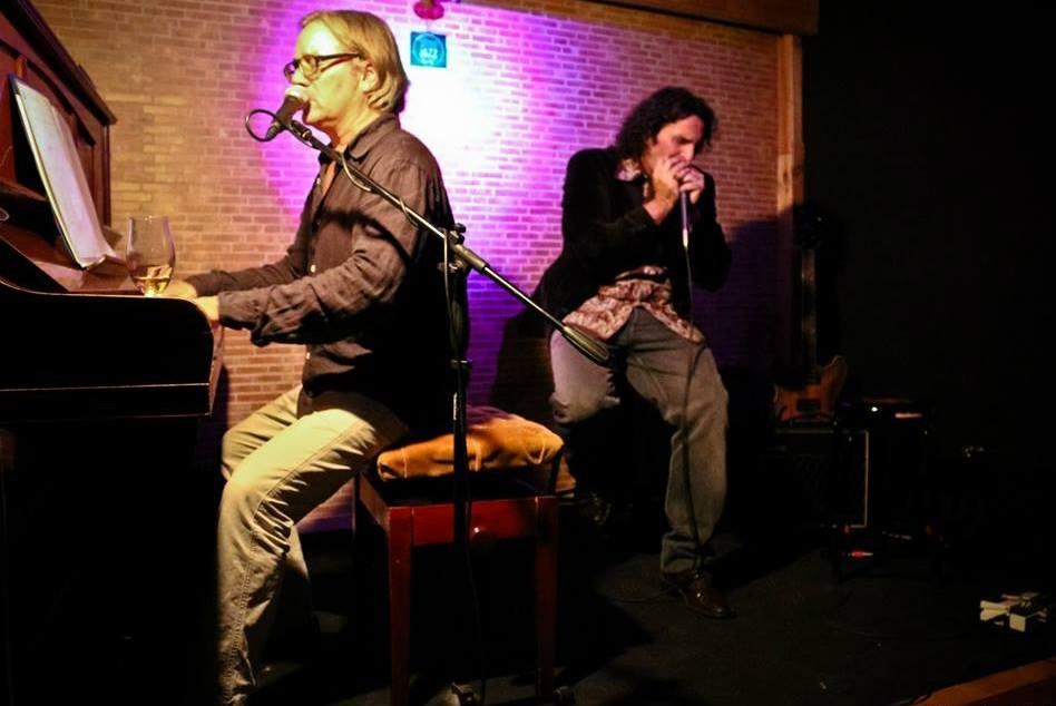 Roberto Galli a la armónica & Richard Vinton al piano.