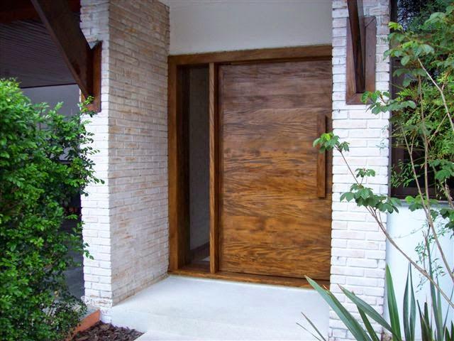 Portas de entrada veja 15 modelos modernos e - Alfombras para entrada de casa ...
