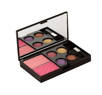 Buy Colorbar Alluring Beauty Makeup Kit at Rs. 1050 : Buytoearn