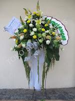 bunga standing mawar duka cita