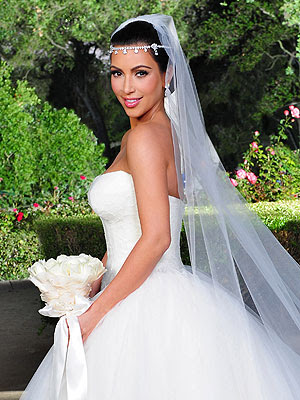 someone named Kim Kardashian just had a 17 million dollar wedding
