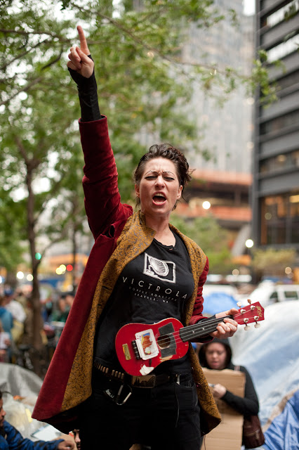 Amanda Palmer of the Dresden Dolls @ Zuccotti Park