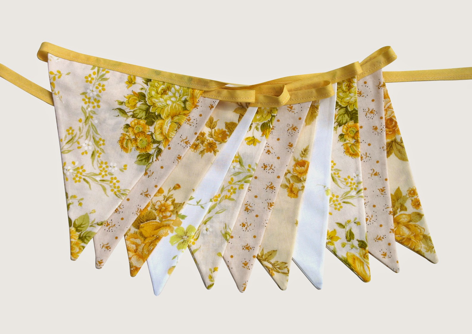 Vintage Retro YELLOW Floral Flag Bunting. Party, Home Decoration, Wedding