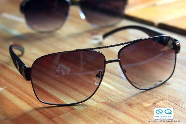 kính mắt thời trang