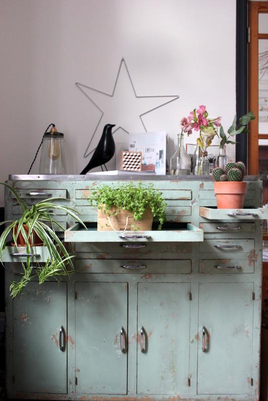 atelier rue verte le blog urban jungle bloggers plant shelfies my home. Black Bedroom Furniture Sets. Home Design Ideas