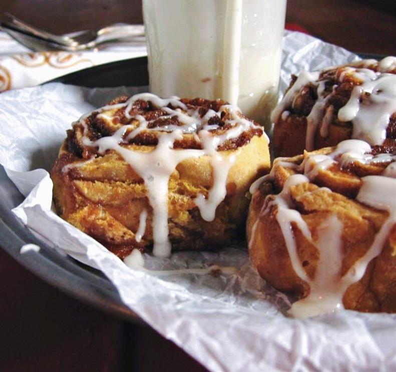 pumpkin cinnamon rolls :: une gamine dans la cuisine