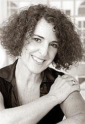 Lola López Mondéjar - Autora