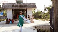 Kathiyai-Theetathe-Puthiyai-Theettu-Movie-Stills
