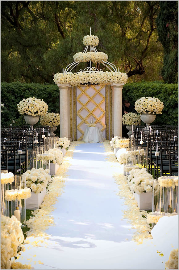 Wedding decorations wedding aisle decoration ideas for Decoration image