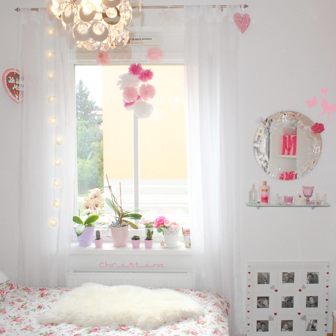 chr ii st ii na servietten pompons. Black Bedroom Furniture Sets. Home Design Ideas