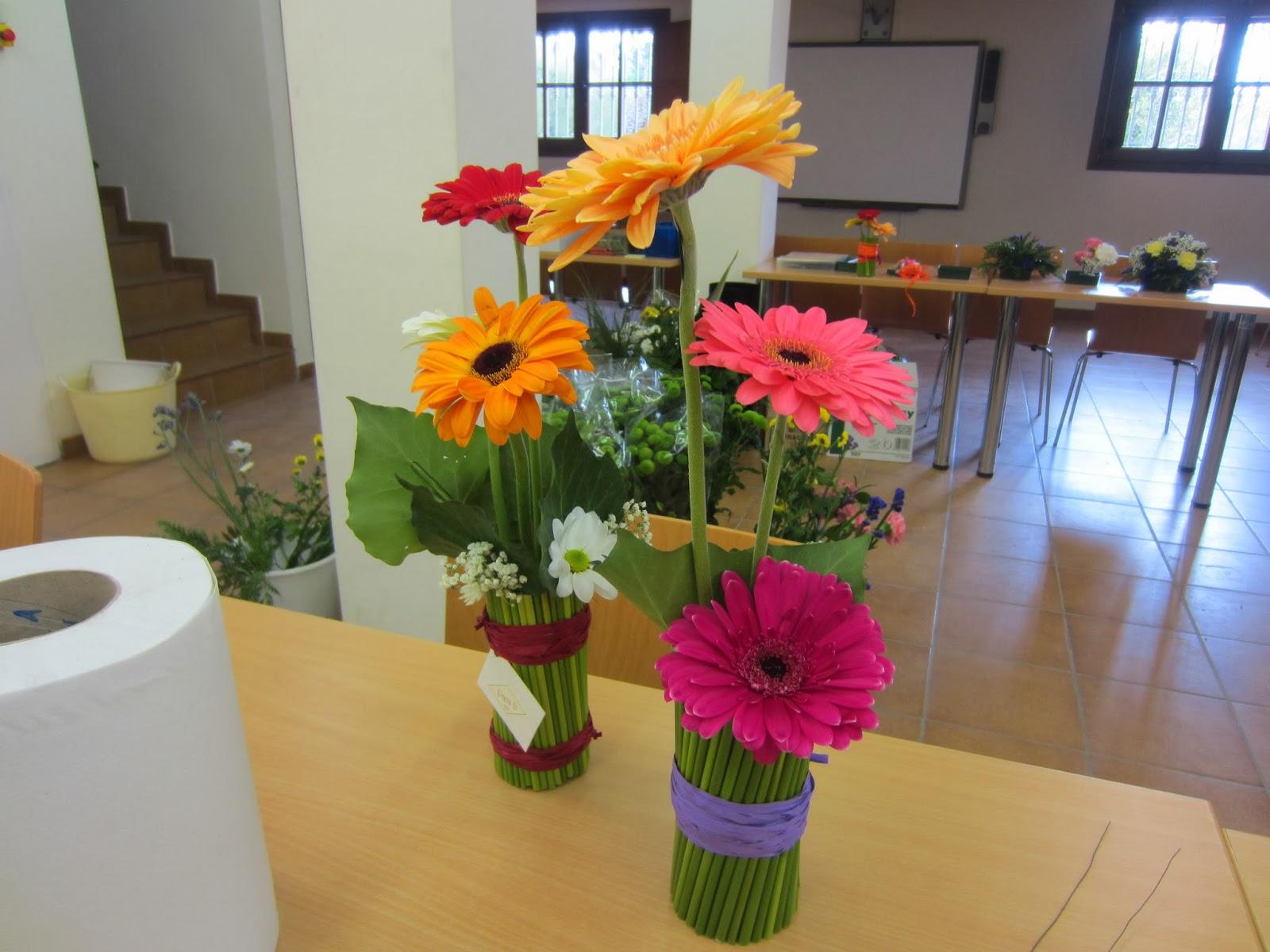 Escuela municipal de jardiner a el pinar adorno floral for Escuela de jardineria