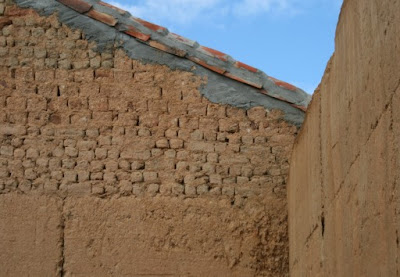 Pared de adobe.