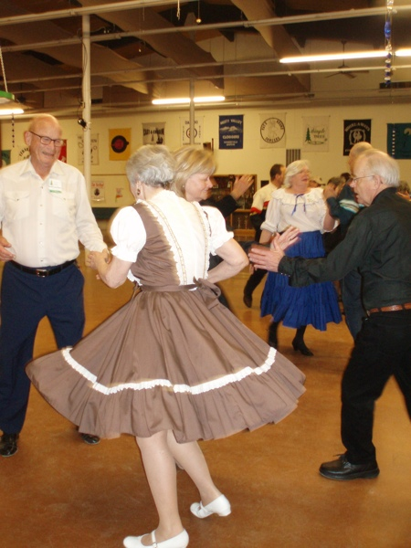 how to become a square dance caller
