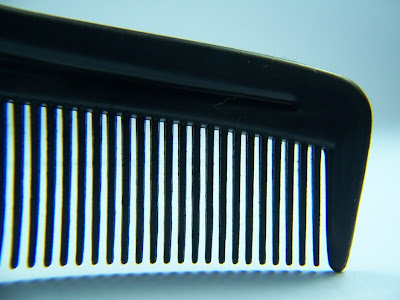 wide tooth comb for long men's hair