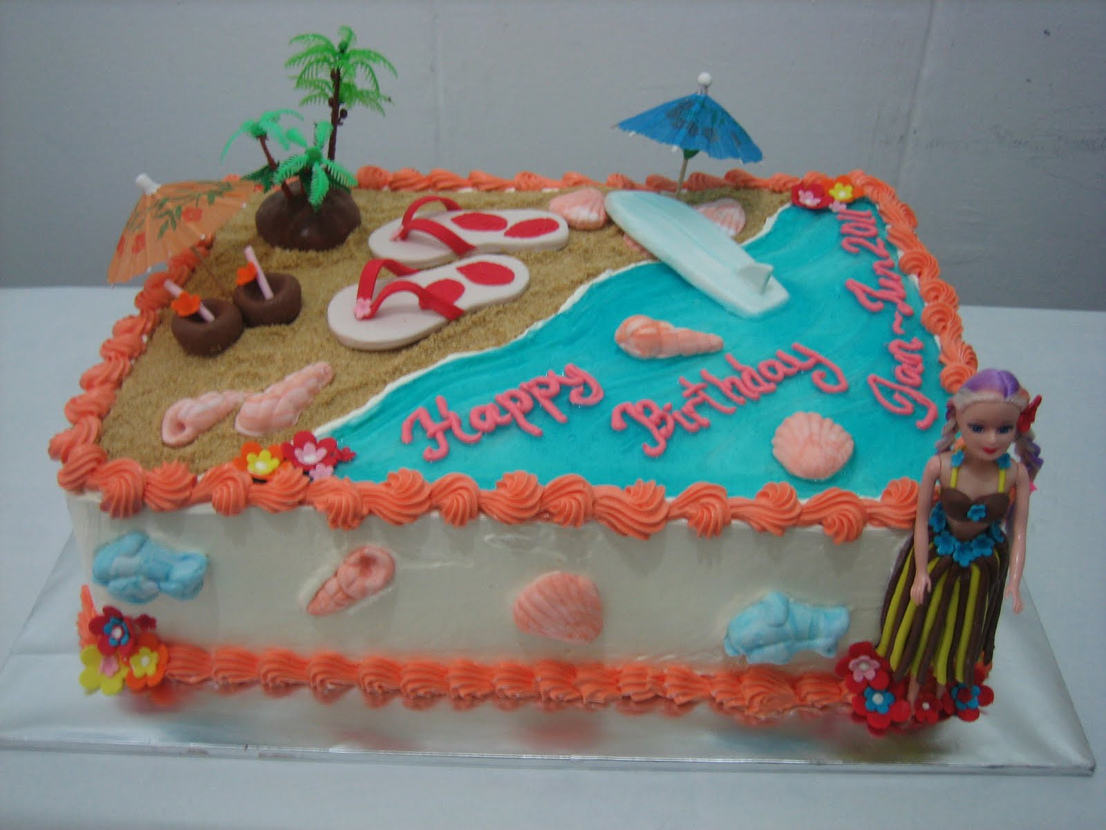 Mas Ayu Confections Hawaiian Beach Birthday Cake