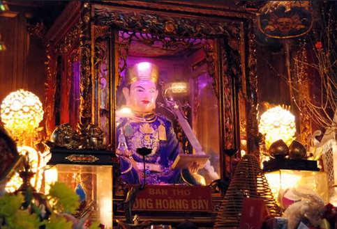 Cho thuê xe đi đền ông Hoàng Bảy - Bảo Hà Lào Cai