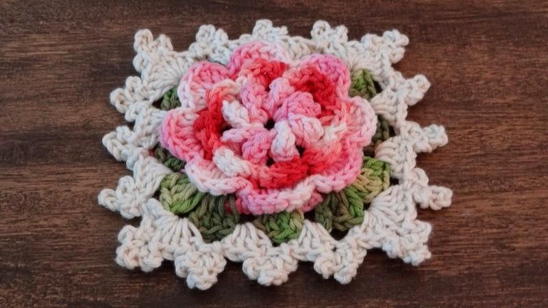 Hoje no meu canal do youtube mais uma linda flor em crochê para o ...