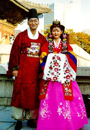 Wedding collections korean wedding dresses for Korean wedding dress traditional